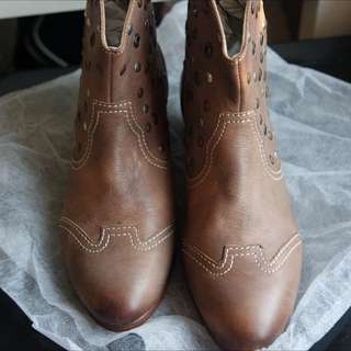 Levi's Leather Boots
