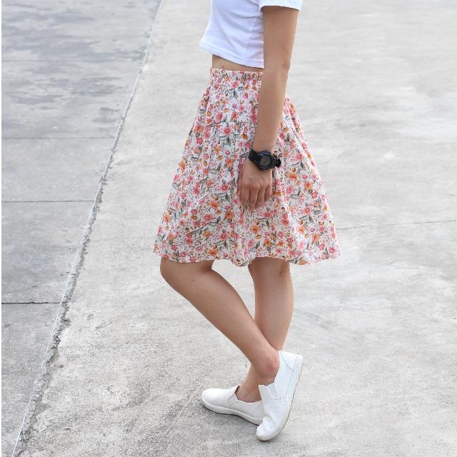 花花世界短裙