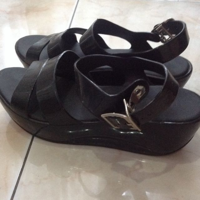Black jelly shoes