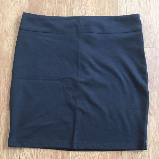 Body & Soul Black Mini Skirt
