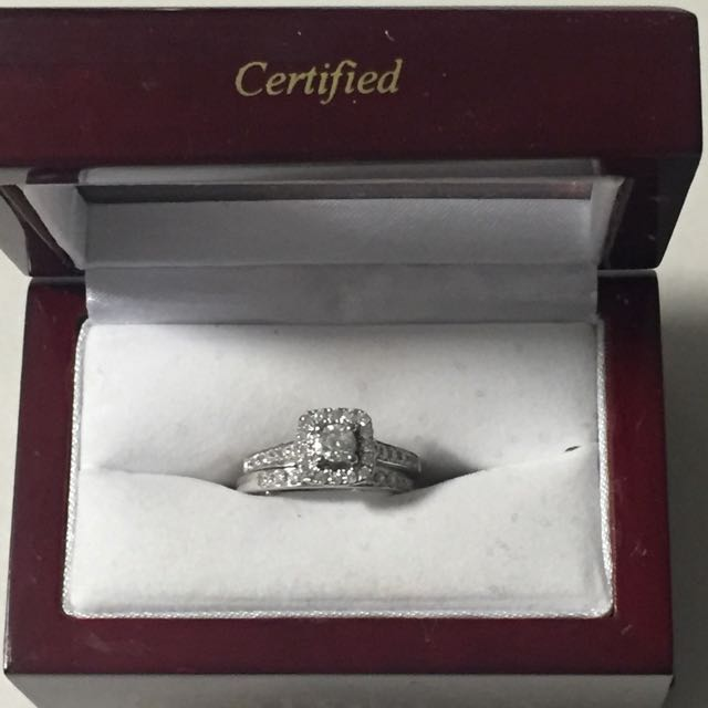 Brand New Engagement Ring Set