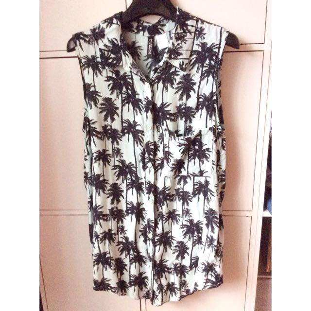 H&M椰子印花上衣