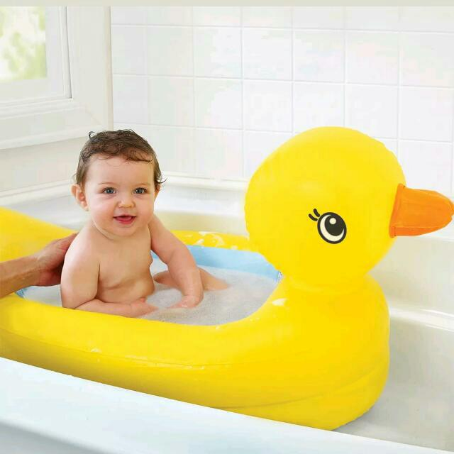 Munchkin Inflatable Safety Baby Bath Tub
