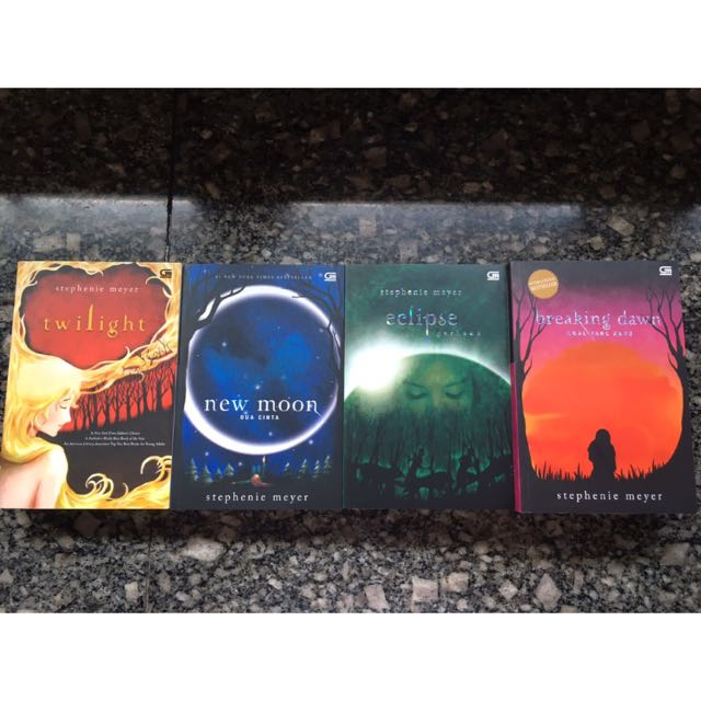 Twilight Novel Complete Set