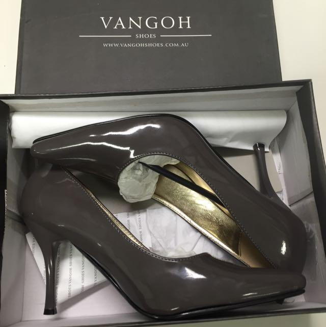 Vangoh Designer Shoes Size 7 New In Box