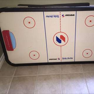Air Hockey Table !