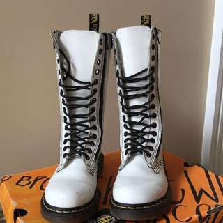 Doc Martens White Patent Leather