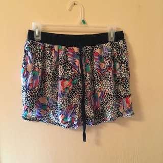 U2LA Shorts