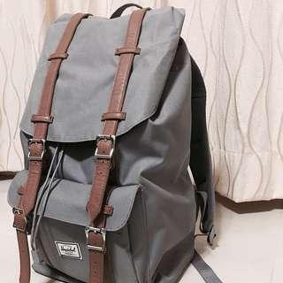 Henochel 灰色背包
