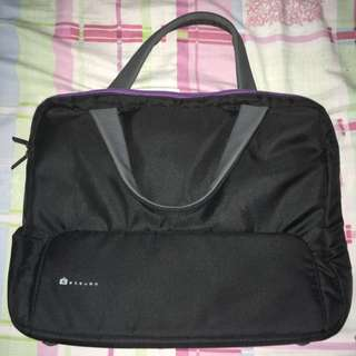 Etsumo Laptop Bag