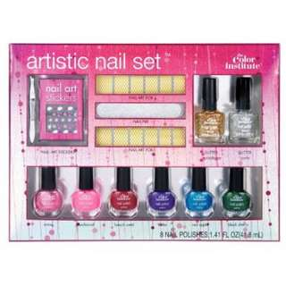 The Colour Institute Artistic Nails