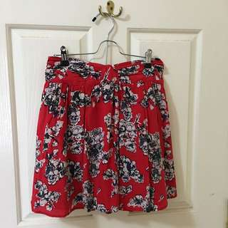 Portmans Cute Red Floral Skirt size 10