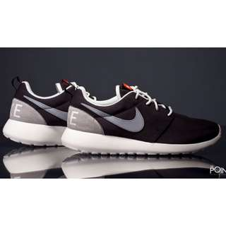 Nike Roshe One Retro 8.5