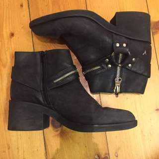 Windsor Smith Boots 10