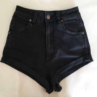Wrangler Cheeky Pin Up Shorts