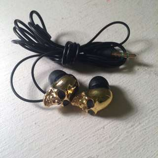 Gold Skull Earphones