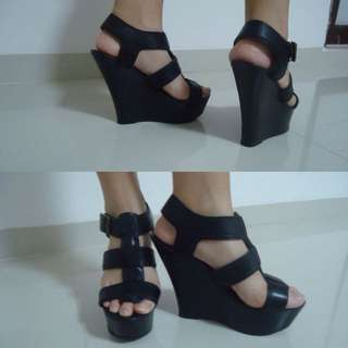 STEVE MADDEN ORIGINAL WEDGES