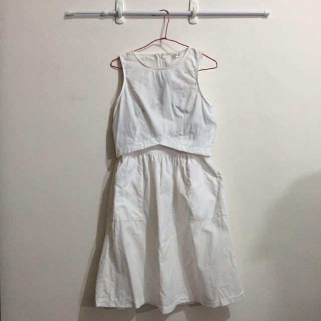全套白色(短版加裙子)