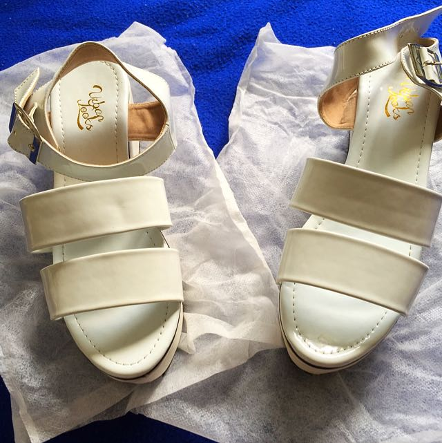 Abbey Wedges