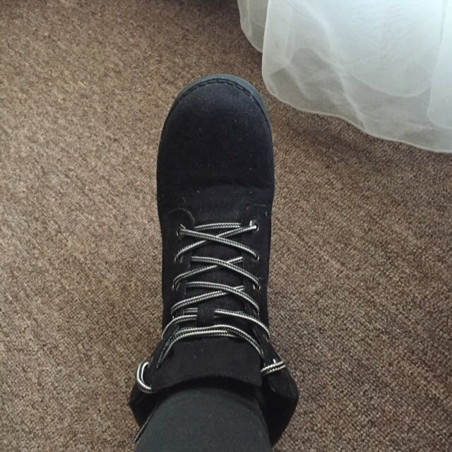 Cute Black Boots, Size 7