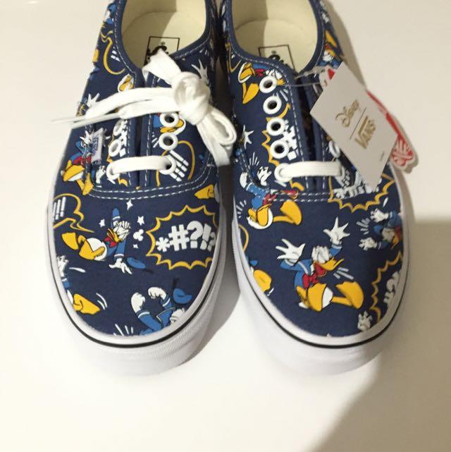 Donald Duck Vans Shoes ( Navy) Brand NEW