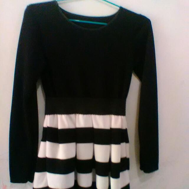 Dress Hitam Putih