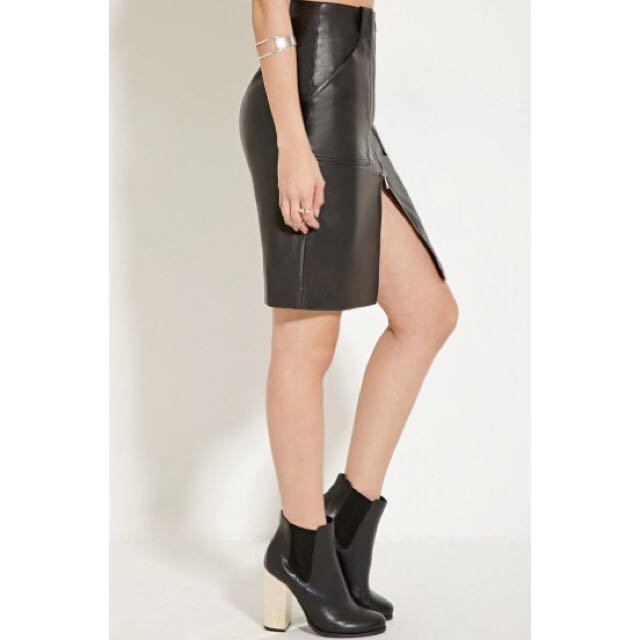 a685742faa F21 Faux Leather Zip Skirt, Women's Fashion, Clothes on Carousell