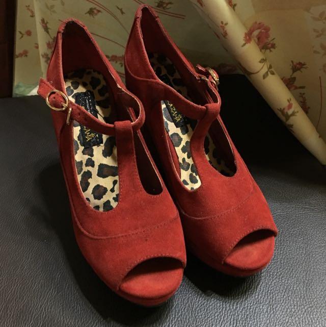 『降價啊』Grace Gift _T型-紅色楔型鞋