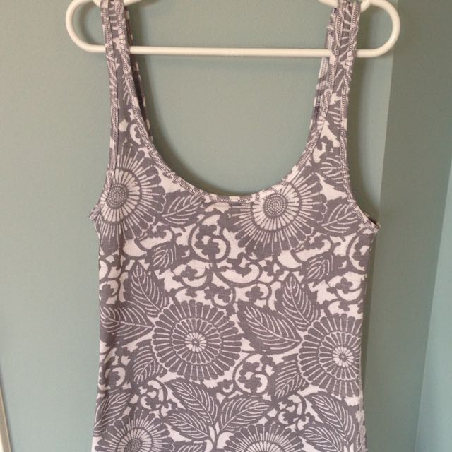 Lululemon Tank Unique Floral Pattern