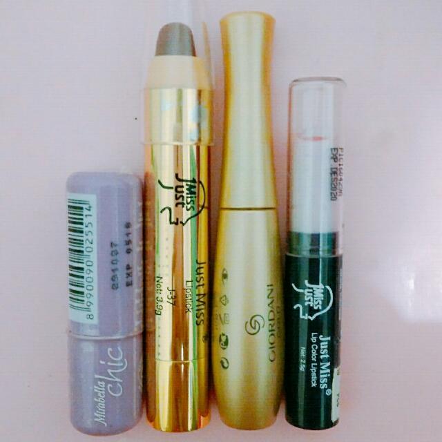 Matte Lipstick & Satin Lipstick