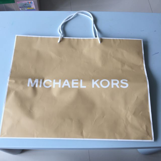 d93dac477 Michael Kors Paper Bag & Dust Bag, Women's Fashion, Bags & Wallets on  Carousell