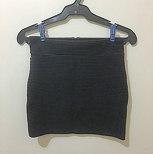 Plain Black Mini Skirt
