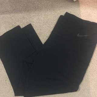 Nike 3/4 Gym Pants
