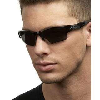 Hot New Authentic Oakley Sunglasses!! #EOFYSALE