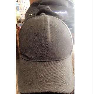 plain black hat