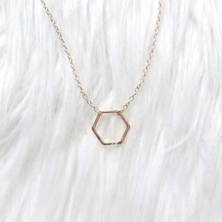 Dainty Gold Minimalistic Hexagon Necklave