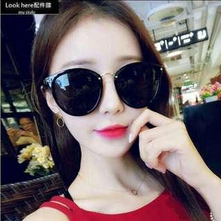 Look here配件館:2016韓版新款小貓眼墨鏡 金屬小框太陽眼鏡 個性彩膜反光鏡 大框 方框 圓框 貓眼 蛤蟆鏡