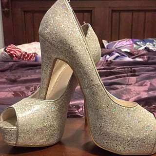Betts Size 7 Heels