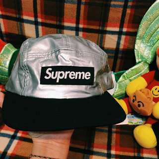 Supreme五分割帽