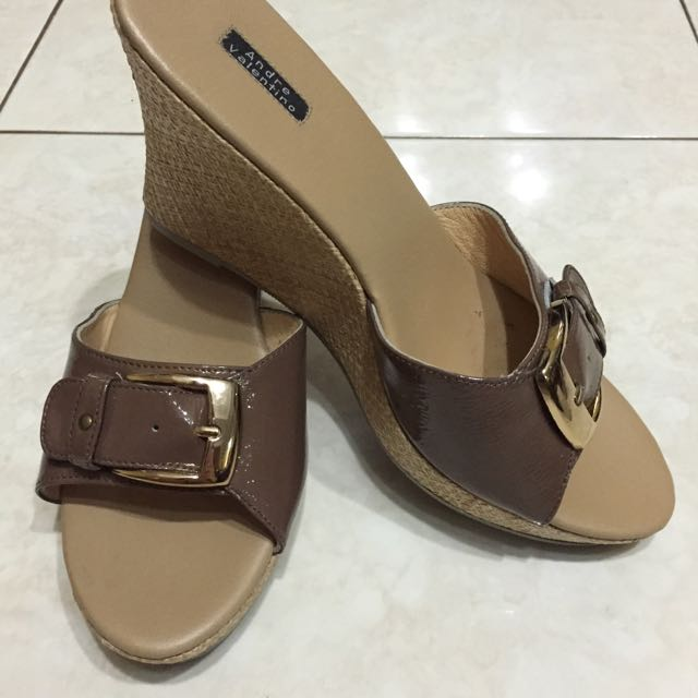 ANDRE VALENTINO Wedges - Taupe (Size 38) ORIGINAL 100%