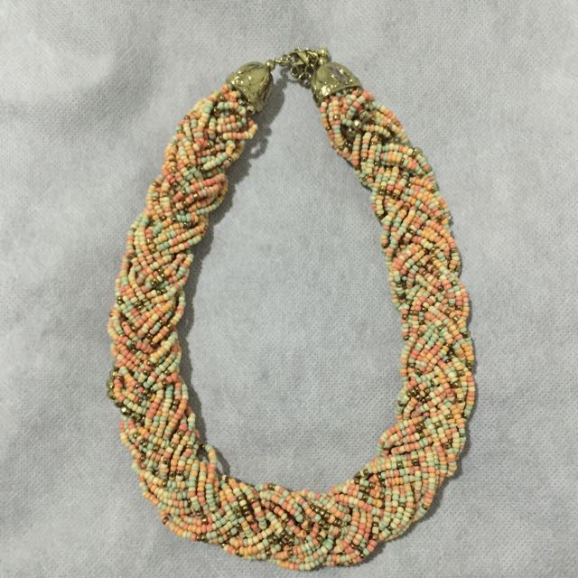 Beaded Necklace (Ever New)