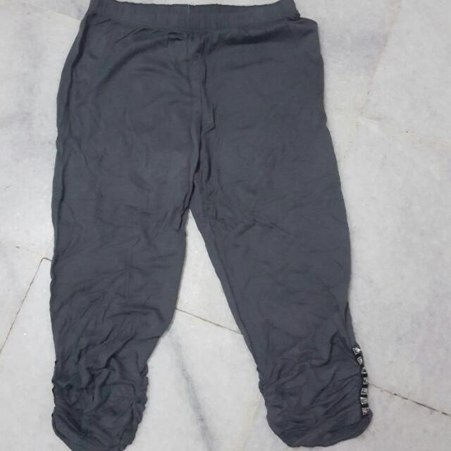 Grey Legging Selutut
