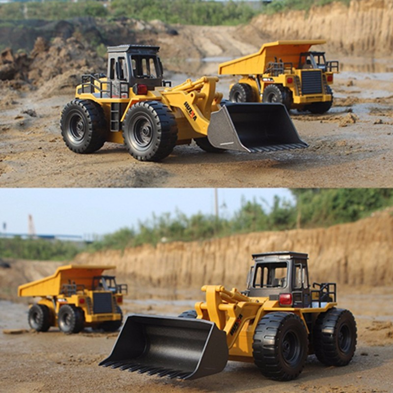 HuiNa Toys 1520 Six Channel 1/14 RC Metal Bulldozer