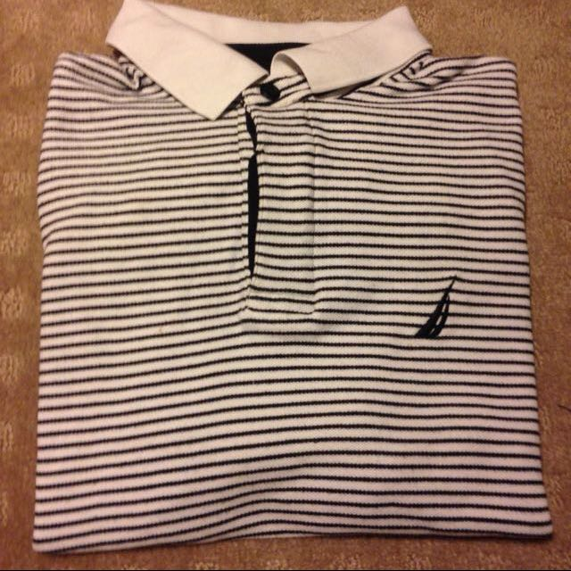 NAUTICA POLO BLACK AND WHITE SIZE M