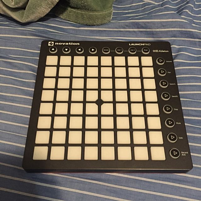Novation Launchpad 2