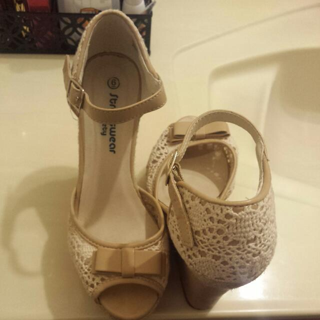 size 6 wedge shoes