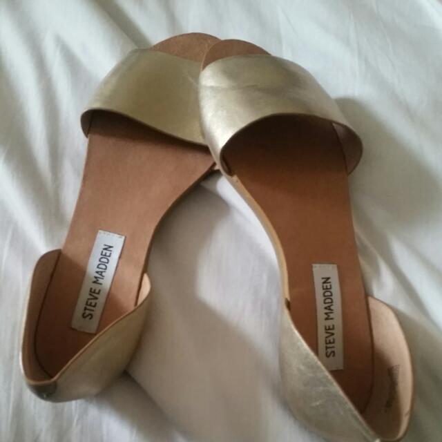 Steve Madden Twostp Flat Sandals (7.5)
