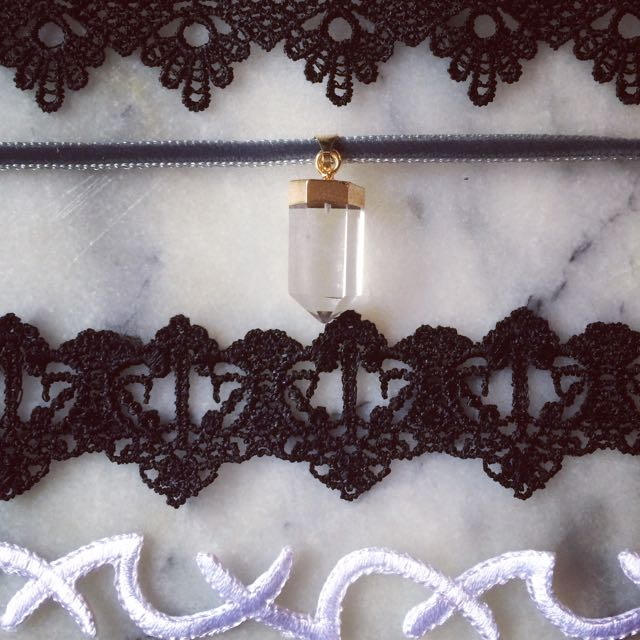 CHOKERS Up Close Details