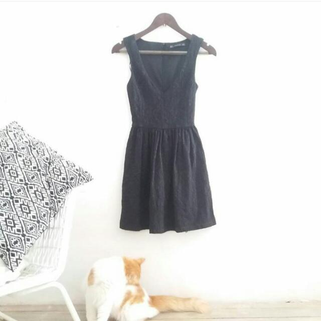 Zara / TRF / Black Dress