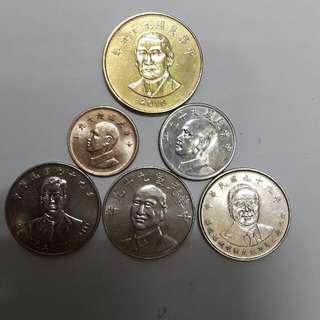 民國99年製硬幣一套